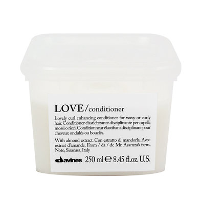 LOVE CONDITIONER CURLY